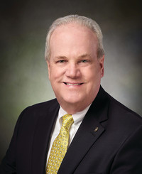 Agente de seguros Jim Register