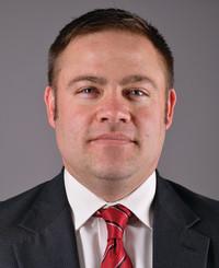 Agente de seguros Adam Patterson