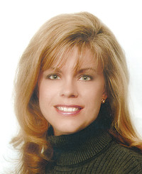 Insurance Agent Lee Ann Moore