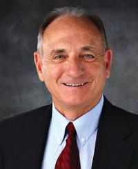 Agente de seguros Ron Fogarty