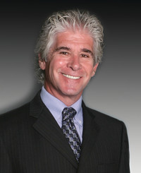 Agente de seguros Carl Ferraro