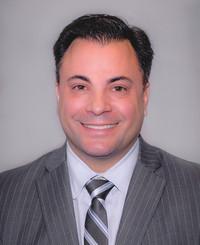 Agente de seguros Mitch Mula