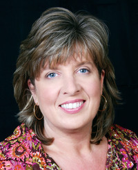 Insurance Agent Leslie Peterson