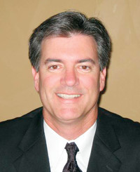 Agente de seguros Mark Hennessy