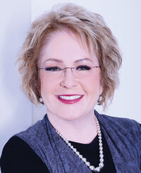 Insurance Agent Lisa Mancinelli