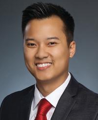 Agente de seguros Alex Nguyen