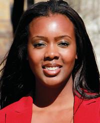 Agente de seguros Nikki Ogunduyile