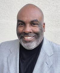 Agente de seguros Shiron Kilgore