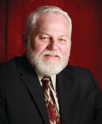 Agente de seguros Guy Burnett