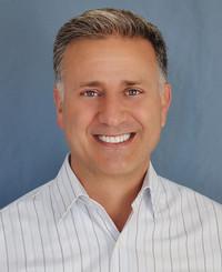 Agente de seguros Tim Duray