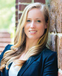 Agente de seguros Mimi Brown
