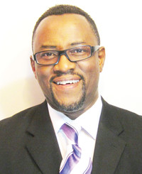 Agente de seguros Chris Bamgboye