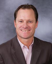 Agente de seguros Geoff Shepherd