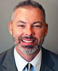 Agente de seguros Rob Mullen