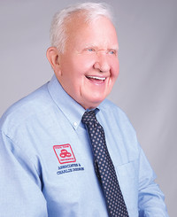 Agente de seguros Charlie Dodson