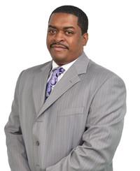 Agente de seguros Darrell Tucker