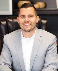 Insurance Agent Brandon Baxter