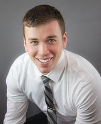 Agente de seguros James Demmer