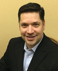 Agente de seguros Robert Ramos