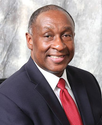 Agente de seguros Marlon Bradford