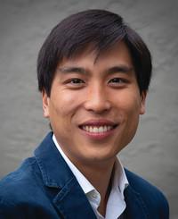 Agente de seguros Trevor Lam