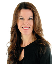 Insurance Agent Tricia Zwirner