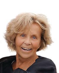 Insurance Agent Elaine VanDeCarr