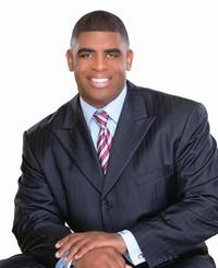 Agente de seguros Lloyd Chesley Jr