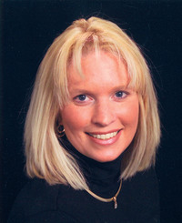 Insurance Agent Tracy Keen
