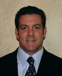 Agente de seguros Neal Gallo