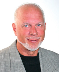 Insurance Agent Bob Visser