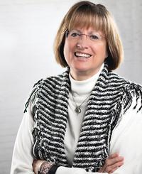 Insurance Agent Lynn Raade