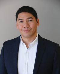 Agente de seguros Tung Le