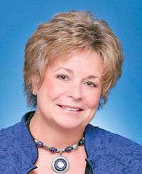 Insurance Agent Vicki Crow