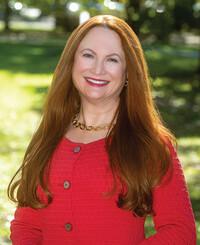 Insurance Agent Lynn Heinrichs