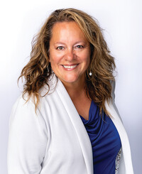 Insurance Agent Veronica Schlagel