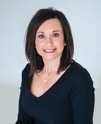 Insurance Agent Brandy Wiederholt