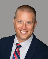 Agente de seguros Zach Miller
