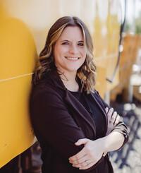 Agente de seguros Lauren Smith