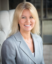 Insurance Agent Amy Flowers