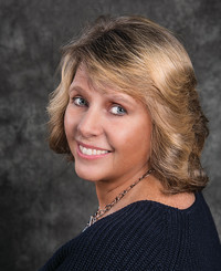 Insurance Agent Laurie McMorrow