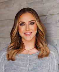 Agente de seguros Kristin Jepson