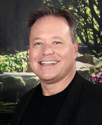 Agente de seguros David Grokhowsky
