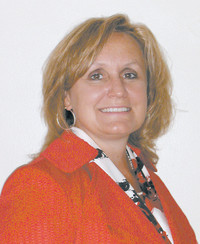 Insurance Agent Lisa Echevarria