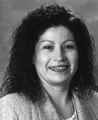 Insurance Agent Suzanne Flores