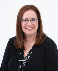 Insurance Agent Julie Weaver