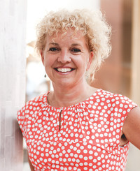 Insurance Agent Sarah Mallory-Wright