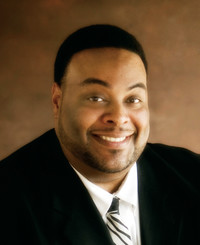 Agente de seguros Derrick Jones