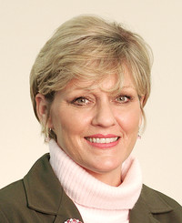 Insurance Agent Cindy Belcher