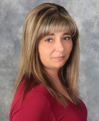 Insurance Agent Sue Schoenith